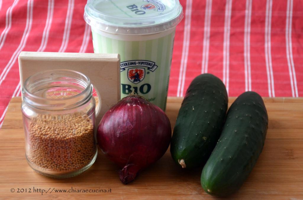 raita di cetrioli e cipolla