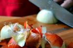 04-pollo-mandorle-taglio-cipolla
